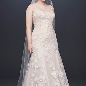 3D flower wedding dress!Oleg Cassini-Davis bridal!